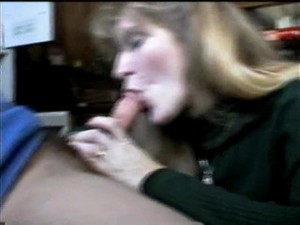 Beautiful Blond Gives Awesome Deepthroat..