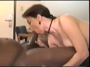 swinger wife mary loves strange black cock